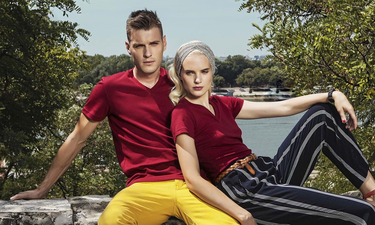 T-Shirts V-Ausschnitt Kurzarm ST-105 Bordeaux Fashion