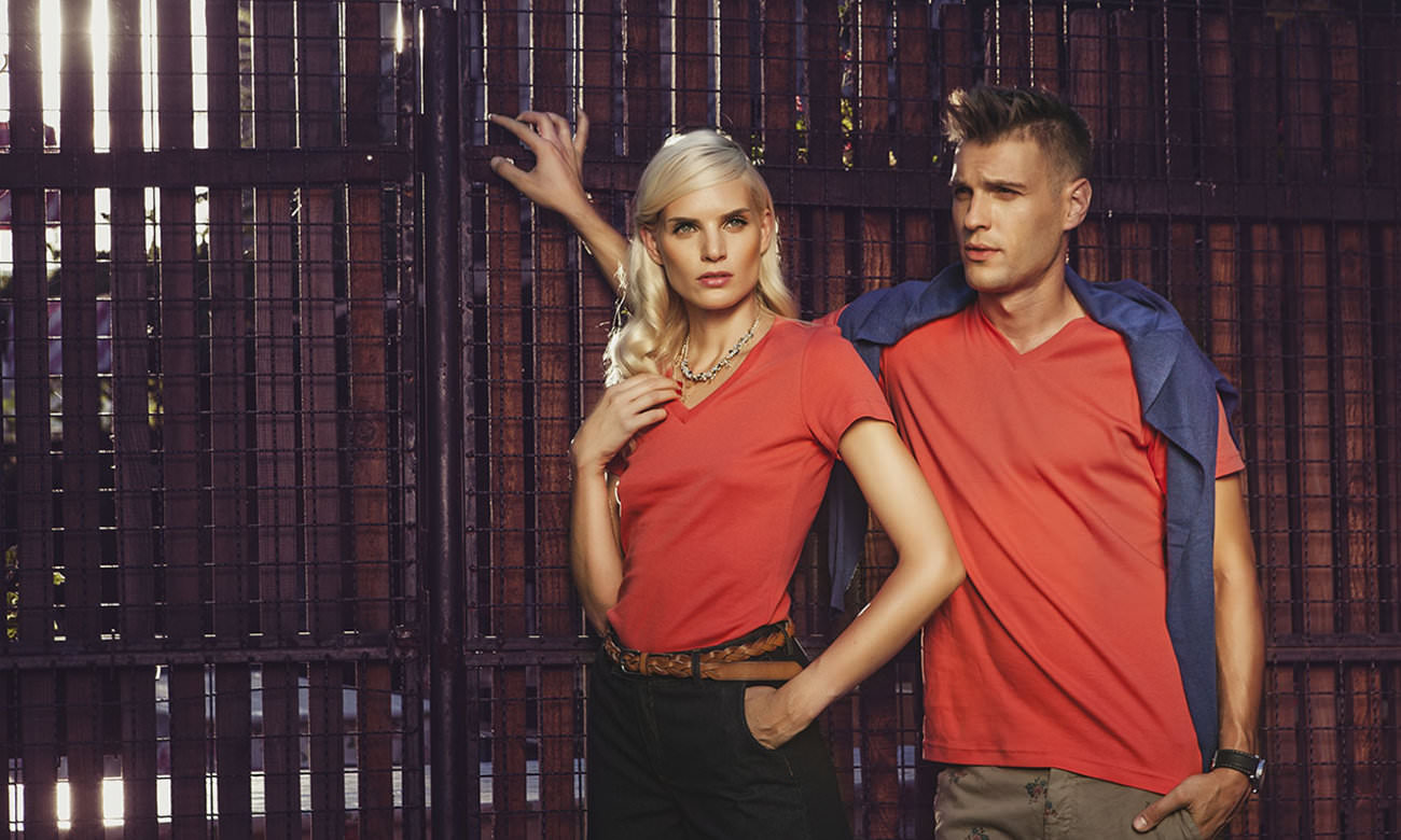 T-Shirts V-Ausschnitt Kurzarm ST-105 Sunset Rot Fashion